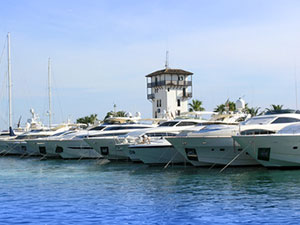 Motor boats and yachts in Majorca - rental and sale